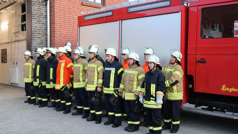 Neue Truppfrauen und Truppmänner für die Kappelner Feuerwehr